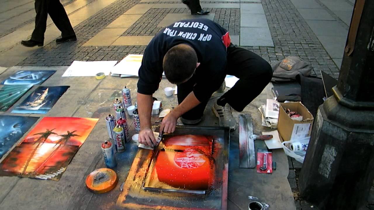 Crtanje Sprejom U Knez Mihailovoj Street Painting Youtube