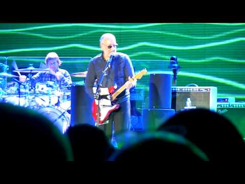 The Who - Eminence Front, Newcastle 09/12/14, Pete loses patience with his poor strat.