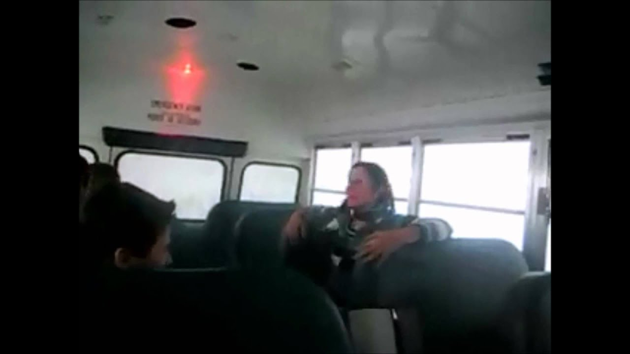 Смотреть порно девочки в автобусе 6 фотография