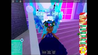 I GOT THE NEW ICE VANITY IN ROYALE HIGH!