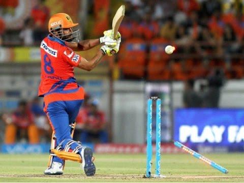 Ravindra Jadeja Fined for Opposing Umpire's Decision