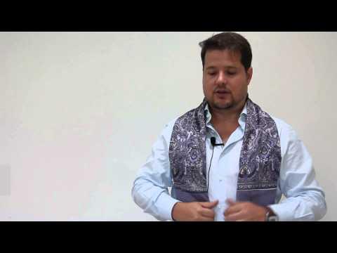 Bufandas de Seda, por Hildeberto Martínez