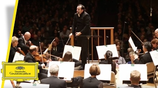 download musica Andris Nelsons & BSO - Shostakovichs Symphony No 5 - Under Stalins Shadow Trailer