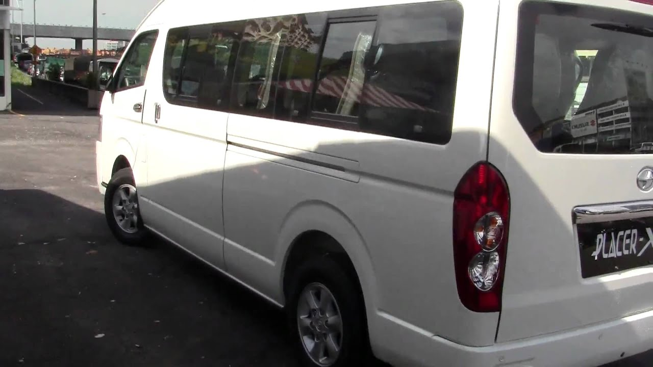 Joy Long 15 Seater Toyota 2.5cc Turbo Diesel Engine - YouTube