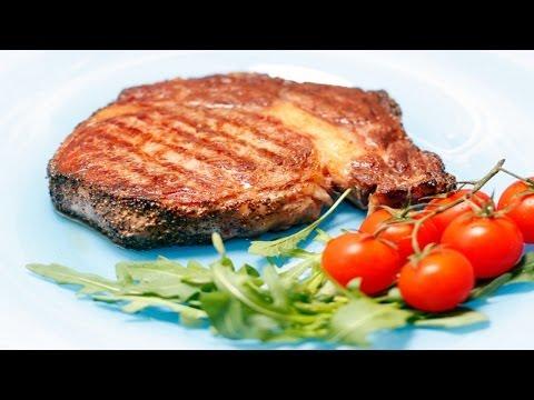 Как замариновать стейк в томатном соке. | How to marinate steak in tomato juice.