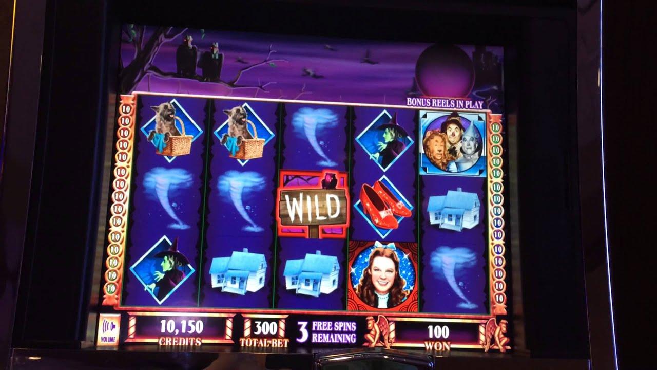 Wizard of oz slot machine flying monkey bonus
