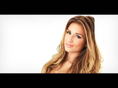 Jessie James Decker Interview With Everything Country