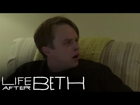 Zombie Neighbors - Official LIFE AFTER BETH Clip HD