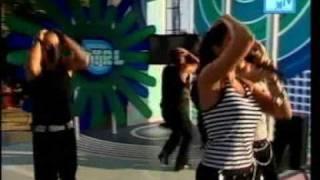 Paola & Chiara - Kamasutra (Live at TRL)