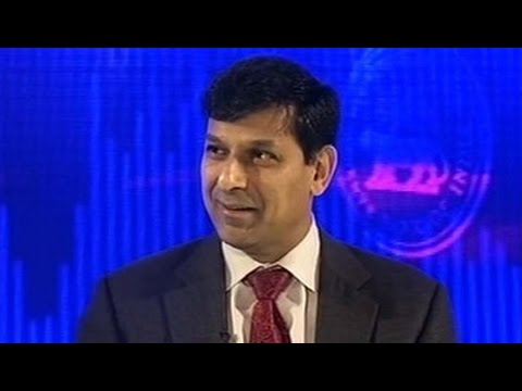 Raghuram Rajan backs Jaitley on growth, cuts repo rate; Sensex hits 30,000 for first time
