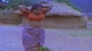 Malayalam movie Aaravam | Kaveri in fight