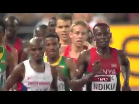 OMG Mo Farah takes a quick drink break during 5000 m triumph    raw video   YouTube