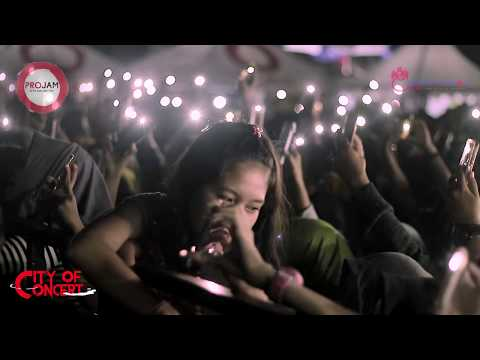 Rizal Ngomong Jawa ~ Armada - Asal Kau Bahagia [LIVE CITY OF CONCERT JEMBER]