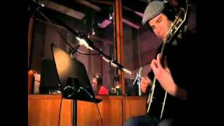Avril Lavigne - Wish You Were Here (Acoustic Version) Studio Music Video