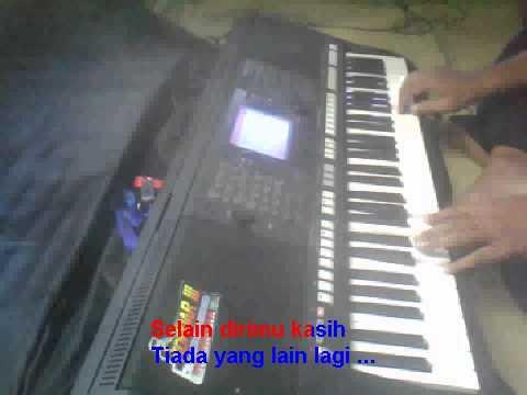Menunggu Rhoma Irama Karaoke Yamaha Psr S750 video