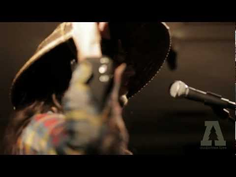 Thumbnail of video the Soil & the Sun - One Woman : Audiotree Live