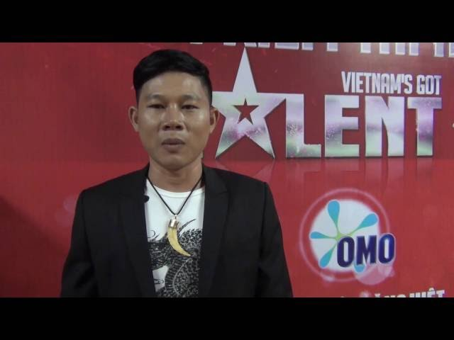 Vietnam's Got Talent 2014 - Hậu trường BK2, Giám khảo Hoài Linh chỉnh trang cho MC Thanh Vân