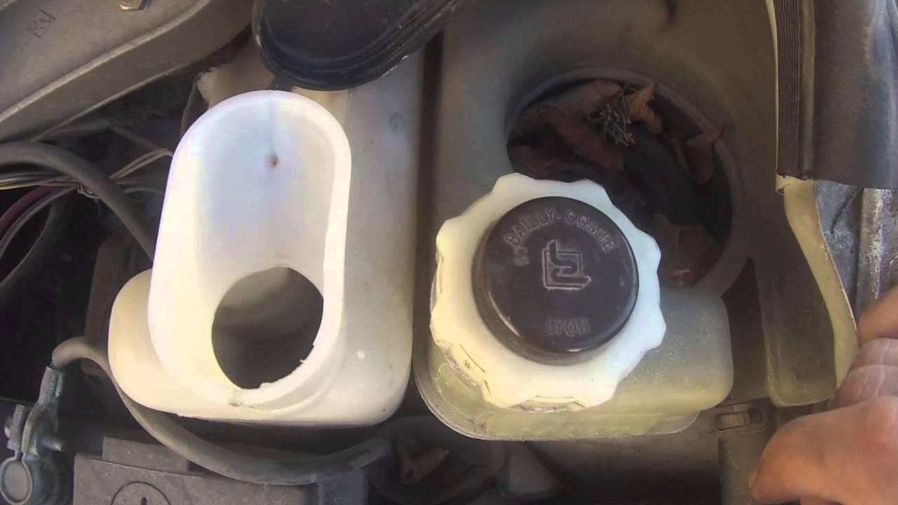 renault twingo comment remplir son liquide lave glace