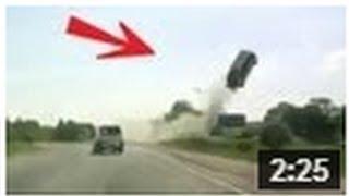 CRASH ! Horrible accident