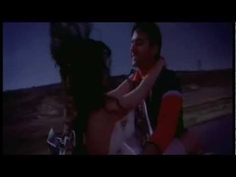 Kal Kisne Dekha - Nihal Enjoys Nisha's Closeness video