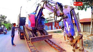 Excavator Working Hard! Excavator Moving