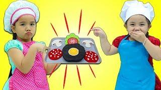 Suri & Annie Cooking Contest Show w/ Play Kitchen Kids Food Toy