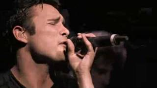 Trapt - Waiting ( LIVE - HQ)