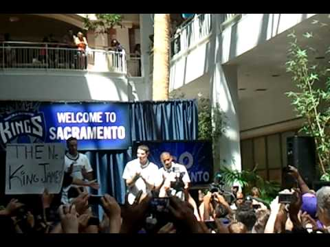 Sacramento Kings Rookie Rally Arden Mall Jimmer Fredette,Tyler Honeycutt,Isaiah Thomas
