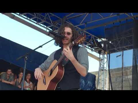 "Download  Hozier ""Would That I"" Live at Newport Folk Festival, July 28, 2019 Gratis, download lagu terbaru"