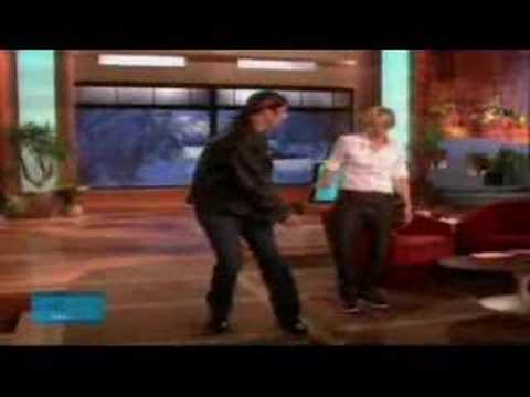 Ellen & John Travolta dance Video