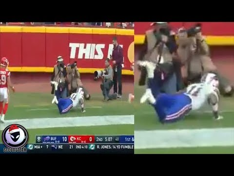 Did NFL Player Just Defy Gravity?