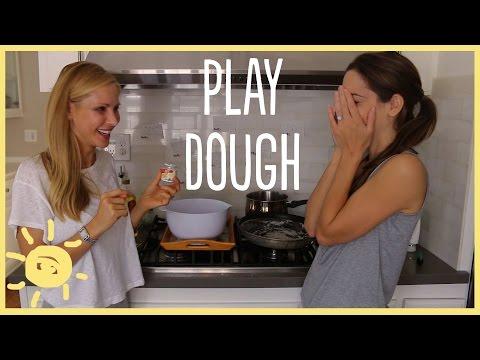 DIY | Perfect Homemade Play Dough Recipe
