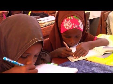 UNICEF Helps Keep Somali Children in School