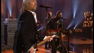 """Download Lagu Tom Petty and the Heartbreakers - I Won't Back Down (from """"America"""" A Tribute to Heroes"""") Gratis STAFABAND"""