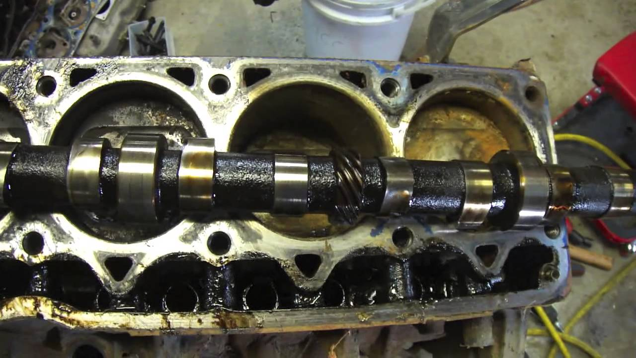Removal And Inspection Of A Camshaft And Lifters Youtube