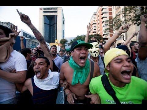 Venezuela Protests Rumble As Demonstrators, Troops Face Off