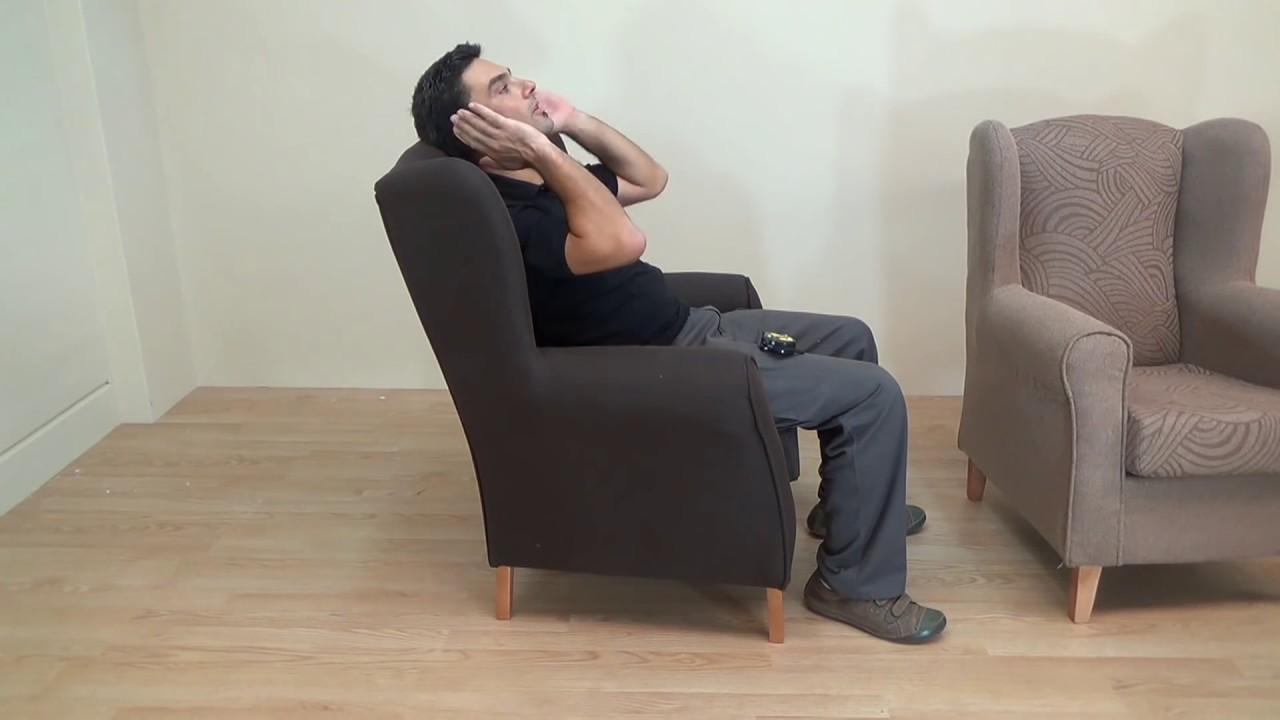 Butaca o sill n orejero cl sico de madera maciza y - Tapizar butaca paso a paso ...
