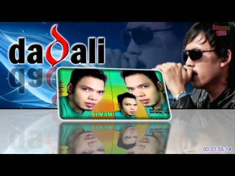 download lagu Dadali  Disaat Aku Tersakiti With gratis
