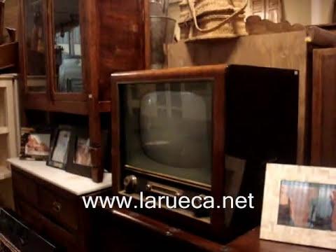 Muebles y antiguedades La Rueca paseo parte 1