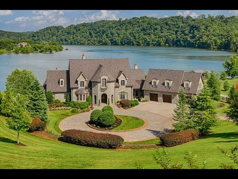 Exquisite Lakefront home in Louisville, Tennessee