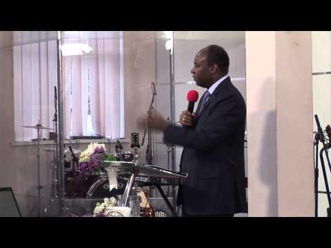 Проповідує Генрі Мадава - конференція 8 травня 2015 р.