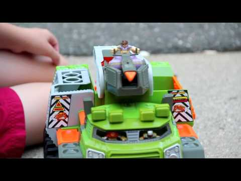 Matchbox Big Boots Ambusher (Bootlandia). Dino Adventure Squad Review