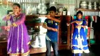 Latest Bangla Dancing Churi Porechi Ami Hate Re Ba