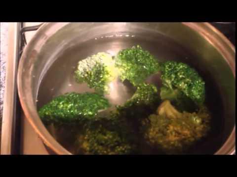 Кулинарный рецепт Брокколи с чесноком Вегетарианское блюдо