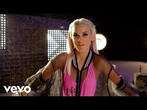 Ashley Roberts - Woman Up (Behind The Scenes)