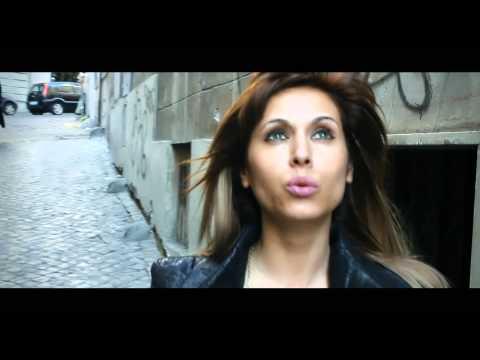 Sonerie telefon » Danezu si Simona Printesa Moldovei – Lasa lumea sa vorbeasca (video original)