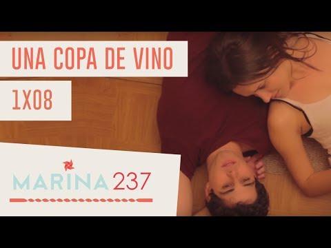 Marina 237.1×08.Una copa de vino