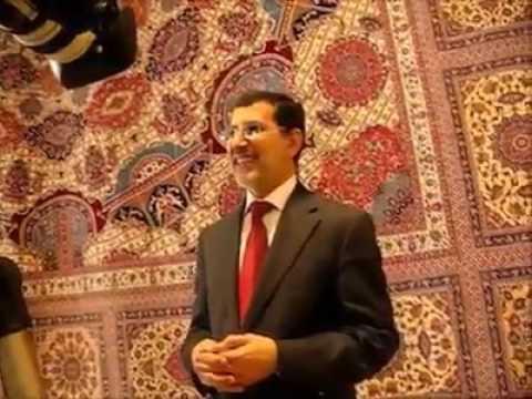 شاهد رئيس الحكومة المغربية واتقانه للانجليزية