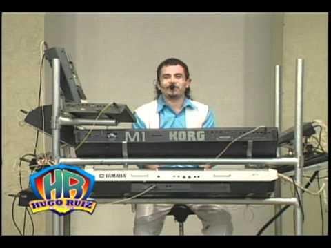 Hugo Ruiz el bebe de los teclados * sacudelo