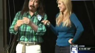 Olga Ospina - Magicopolis in Santa Monica (KTLA - April 16th 2011)